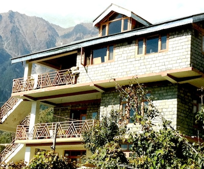The Apple House,Manali